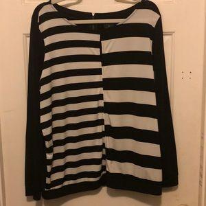 Worthington used XL Black & White Blouse